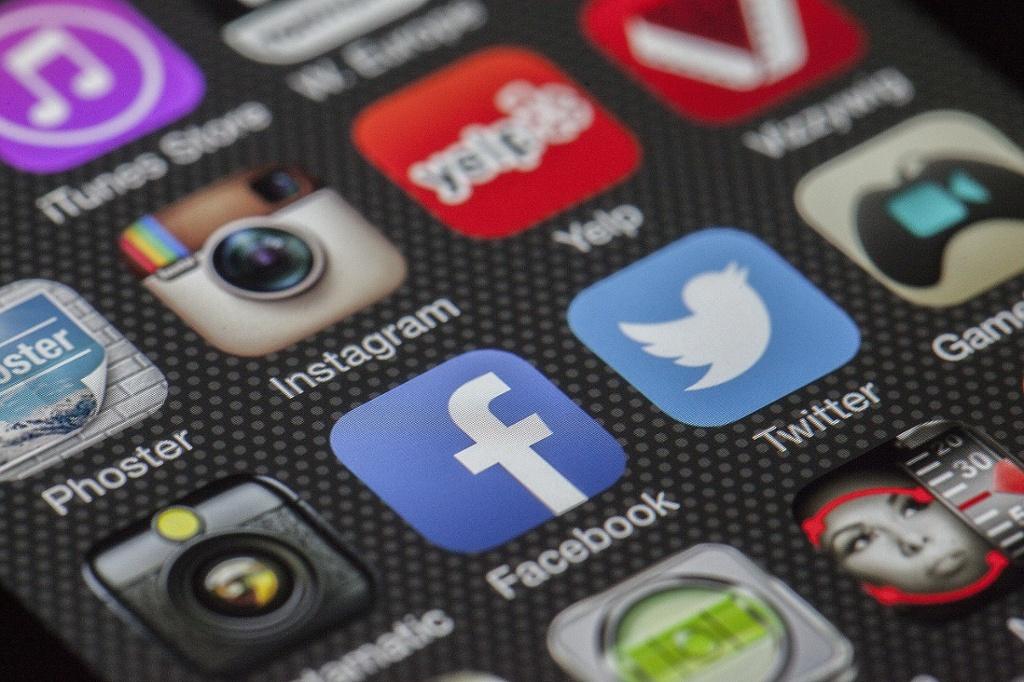 Redes sociais: vantagens e desvantagens